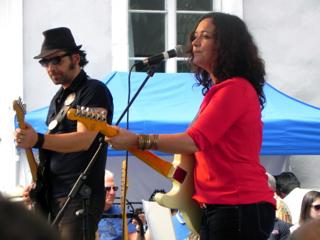 Meena guitar